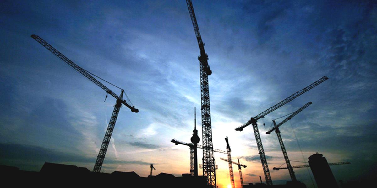cranes-and-boom-trucks